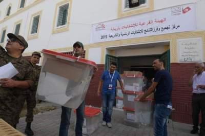 بدء التصويت في الجولة الأولى من انتخابات الرئاسة التونسية