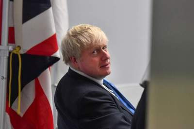 لقاء صعب يجمع جونسون ورئيس المفوضية الأوروبية بشأن بريكست