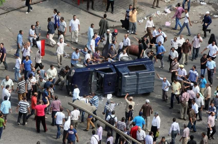 عناصر الإخوان يشعلون العنف عقب سقوط حكم الجماعة.