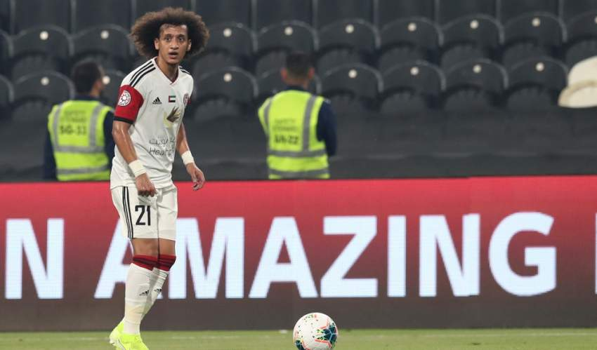 عموري مشاركاً في مباراة الجزيرة والظفرة في دوري الخليج العربي.(تصوير: محمد بدر الدين ـ 'الرؤية')