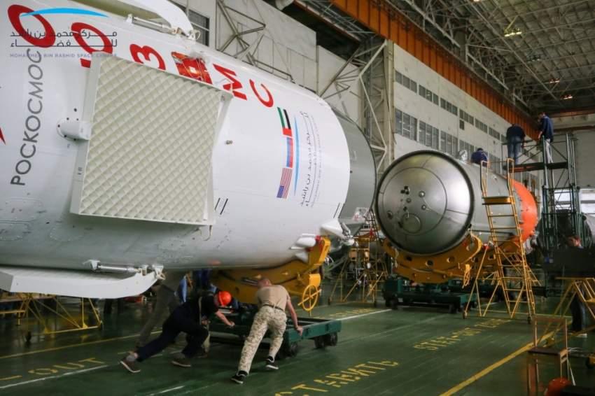 التحضيرات لانطلاق أول رائد فضاء إماراتي إلى محطة الفضاء الدولية تتم حسب الخطة المعتمدة. (الرؤية)