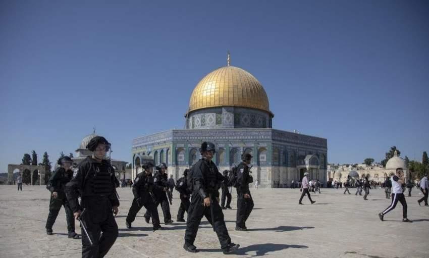 قوات الاحتلال تقتحم الأقصى
