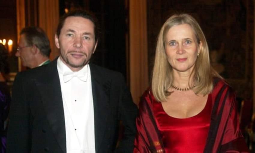 جان - كلود أرنو وزوجته كاتارينا فروستسون.