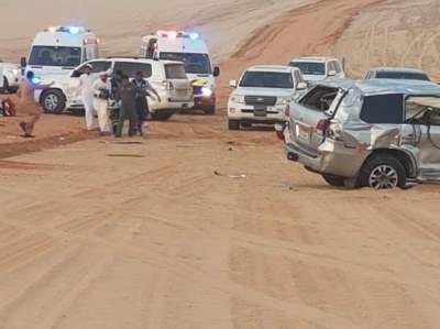 شرطة أبوظبي تنقل جواً مواطنين أصيبا بحادث مروري إلى مستشفى المفرق