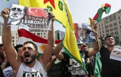 مظاهرة احتجاج ضد الغزو التركي على الشمال الشرقي السوري