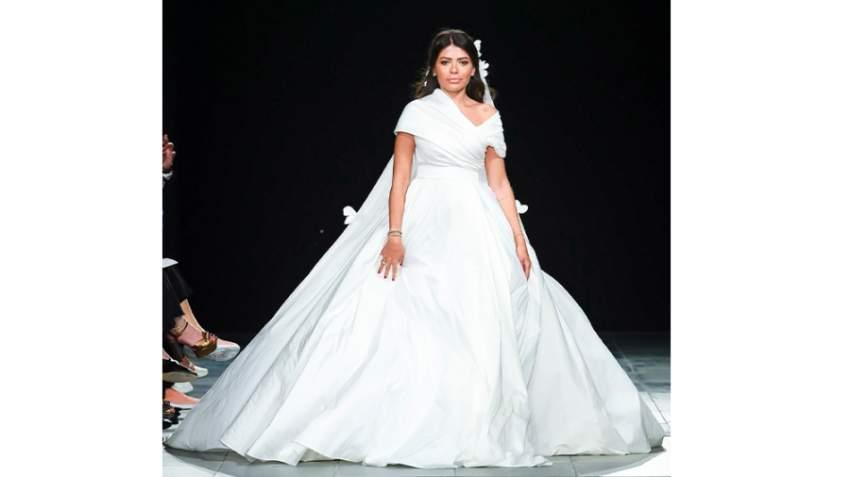 العنود البدر اختتمت العرض بفستان زفاف