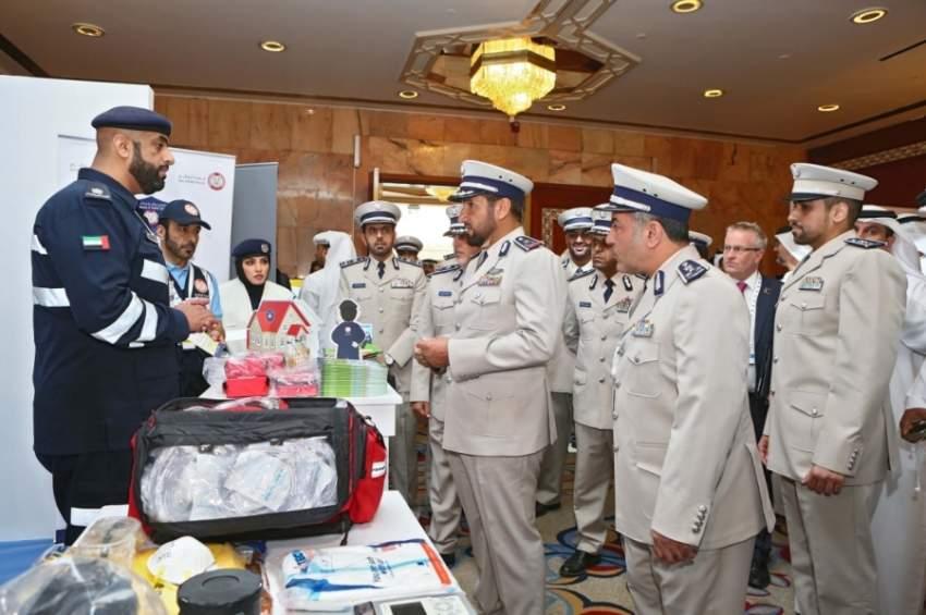 شرطة أبوظبي دشنت الهوية الجديدة لمركبات الإسعاف. (الرؤية)