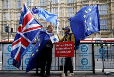 مناهضون لبريكسيت في لندن. (رويترز)