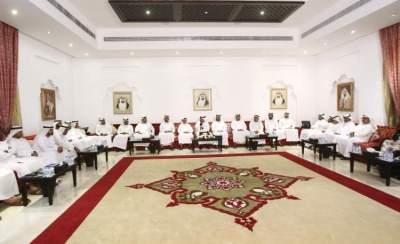 خلال محاضرة استضافها مجلس محمد المزروعي في أبوظبي لاستعراض نظام التعرفة المرورية. (الرؤية)