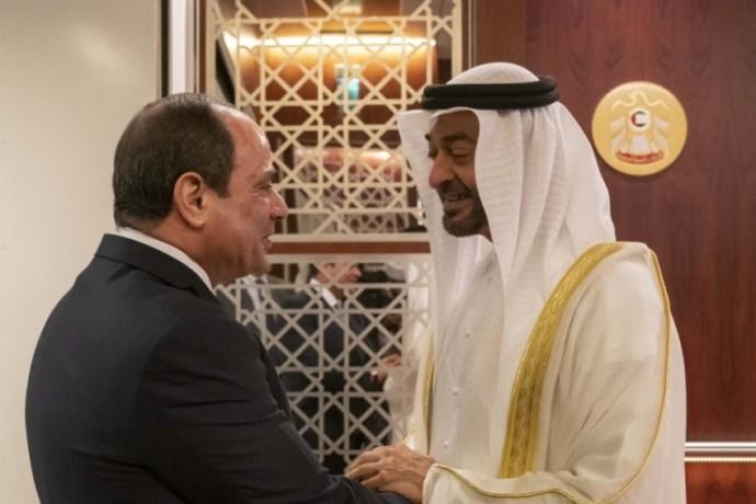 محمد بن زايد وعبدالفتاح السيسي.