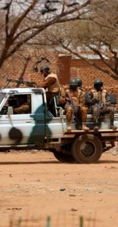 جنود من بوركينا فاسو. (رويترز)