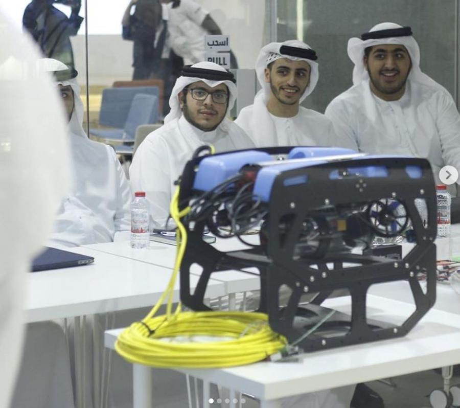 مستقبليون تهدف إلى تمهيد الطريق للأجيال القادمة عبر صناعة مستقبل تقني متطور.