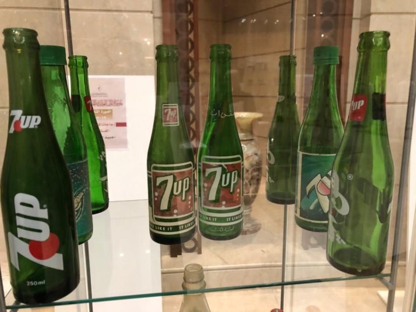 عبيد المخمري هاو يجمع 3000 زجاجة مشروبات غازية في 37 عاما أخبار صحيفة الرؤية