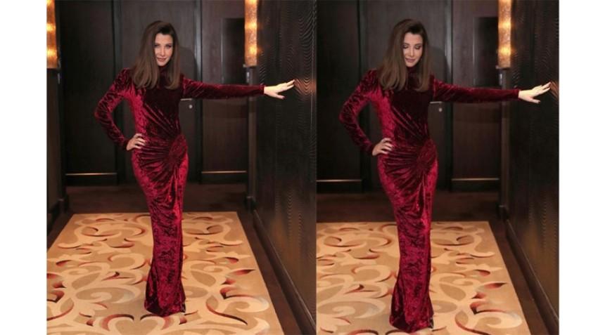 تألقت نانسي عجرم بفستان من المخمل الأحمر خلال حفلها في الرياض