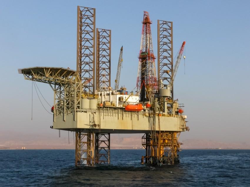 اكتشافات غاز شرق المتوسط والاتفاقات الدولية بين مصر وقبرص واليونان تضعف القوة التركية في قطاع الطاقة. (الرؤية)
