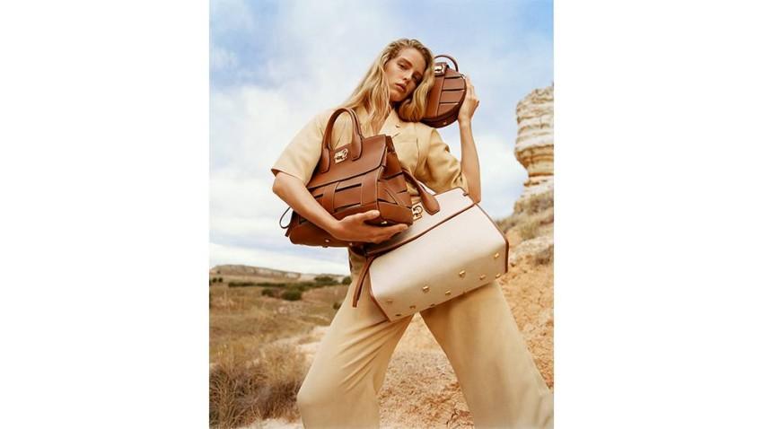 الصحراء شكلت مصدر الهام الحملة التصويرية
