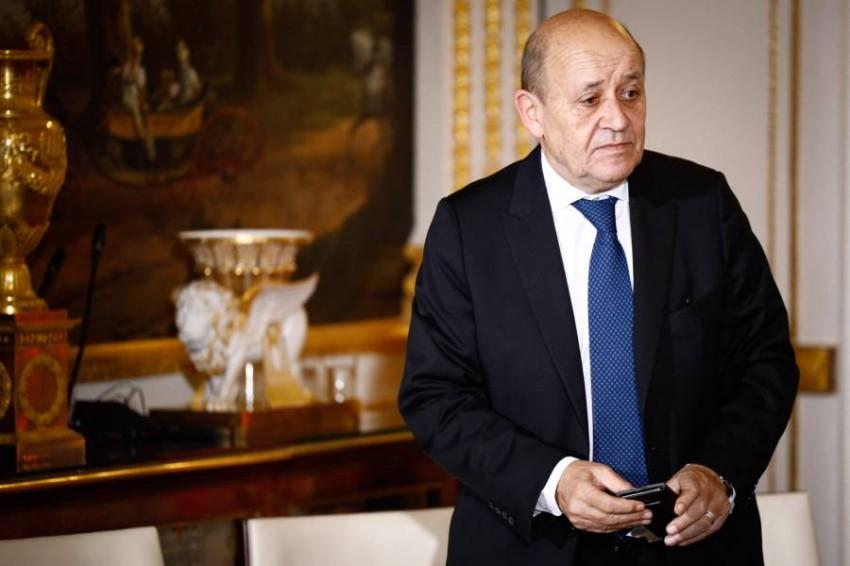 وزير الخارجية الفرنسي جان إيف لو دريان في باريس. (رويترز)