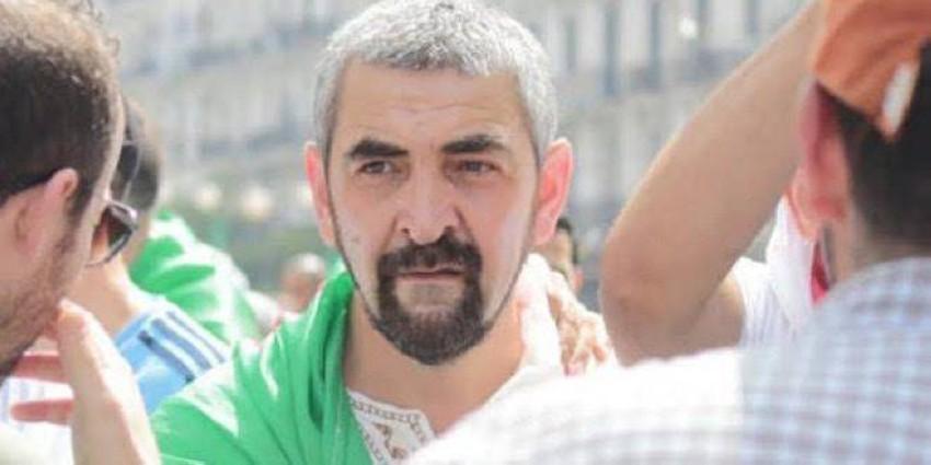 سمير بلعربي خلال نشاطه في الحراك قبل اعتقاله (أرشيفية)