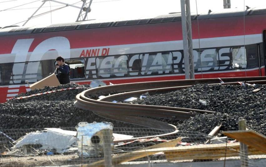 خروج قطار سريع عن القضبان في ميلانو. (إي بي أيه)