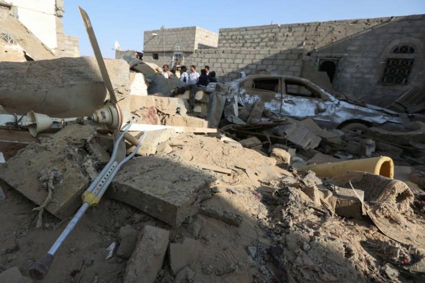 قصف حوثي على مأرب اليمنية. (رويترز)