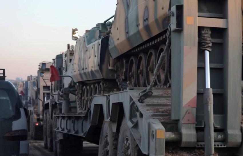 آليات عسكرية تركية في طريقها إلى إدلب. (رويترز)