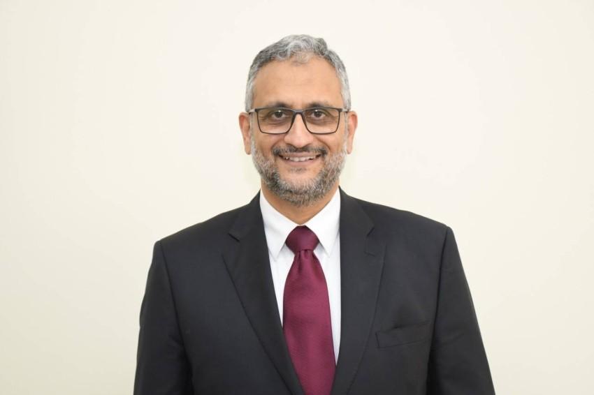 خالد مصطفى.