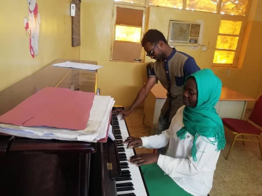 فقر كبير تعاني منه أقسام الموسيقى في الجامعات والمدارس.