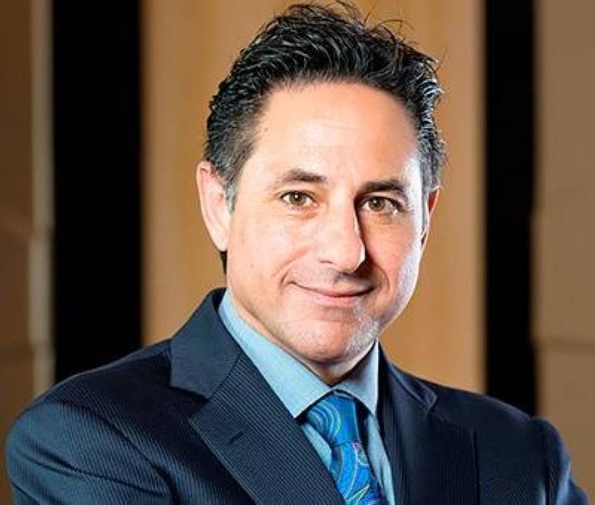 الرئيس التنفيذي لمجموعة «راكز»، رامي جلاد.