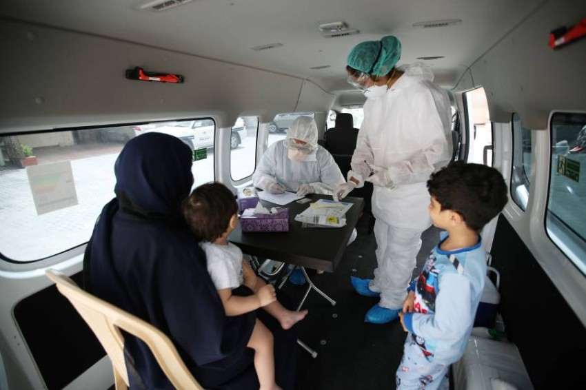 قلة التجهيزات الوقائية لعمال الرعاية الصحية يُعقّد جهود احتواء تفشي الفيروس في إيران