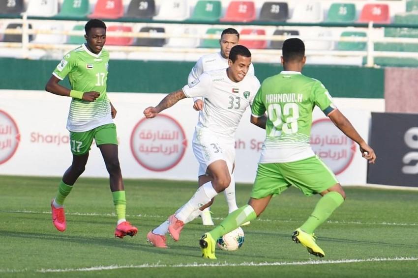 من مباراة الإمارات ودبا الحصن في دوري الدرجة الأولى. (الرؤية)