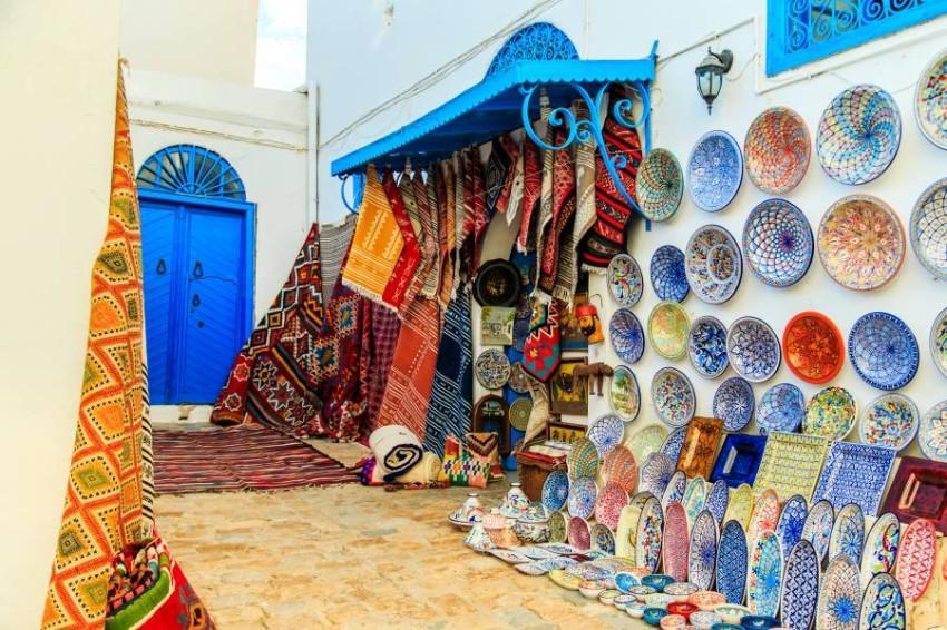 تونس. (الرؤية)