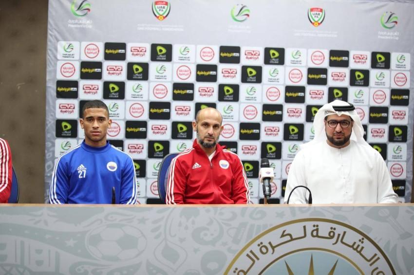 عبدالعزيز العنبري خلال المؤتمر. (الرؤية)