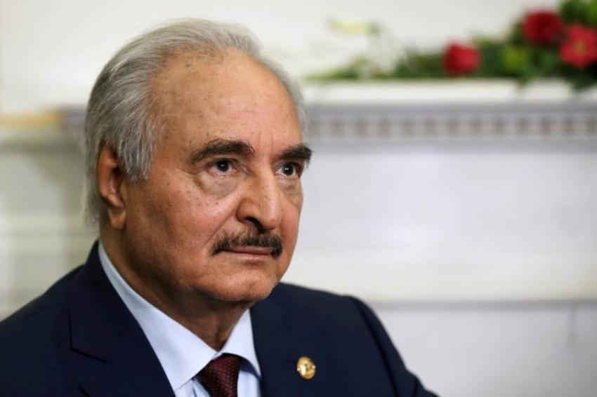 قائد الجيش الوطني الليبي المشير خليفة حفتر في أثينا. (رويترز)