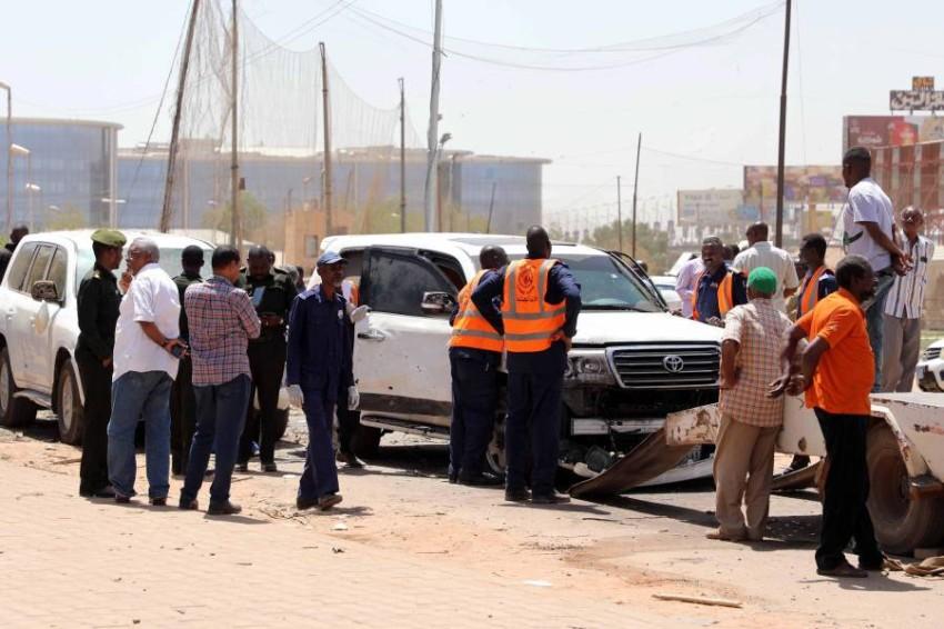 الشرطة السودانية في موقع الجريمة. (إي بي أيه)