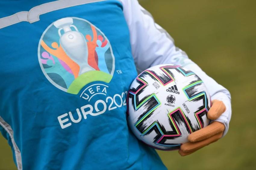 شعار يورو 2020. (رويترز)