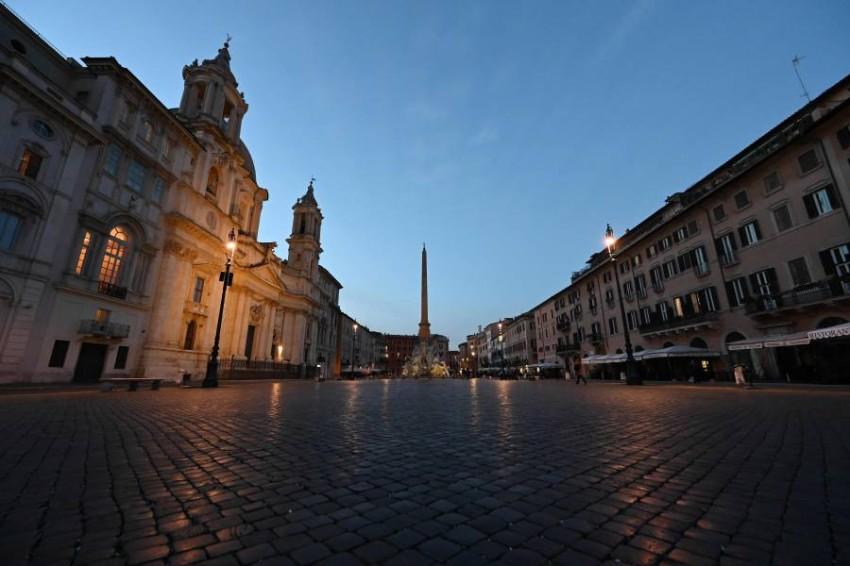 إيطاليا فرضت حظراً كاملاً على البلاد لمواجهة الفيروس. (أ ف ب)