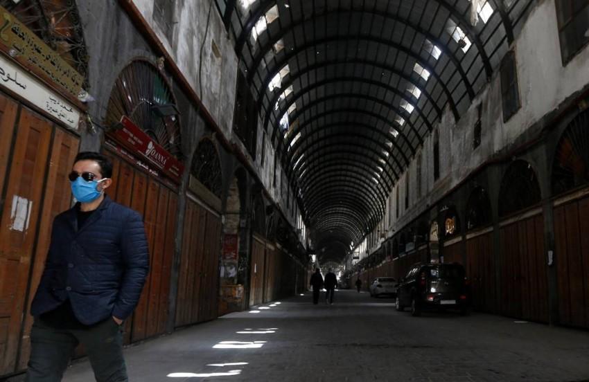 سوق الحميدية الشعبي في دمشق خالٍ ومغلق بالكامل - أ ف ب