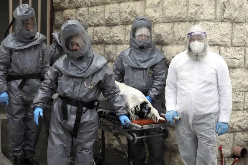 عدد الإصابات في إسرائيل تخطى 6000 حالة. (أ ب)