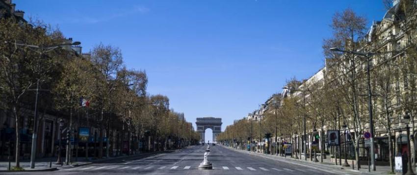 شارع الشانزليزيه في العاصمة الفرنسية باريس. (إي بي إيه)