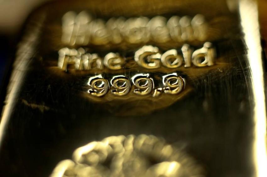 أسعار الذهب تنتعش ليربح 45 دولاراً