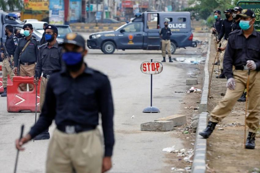 أفراد بالشرطة الباكستانية. (رويترز)
