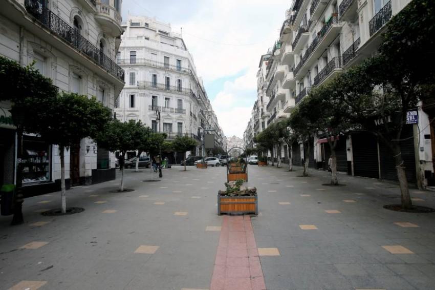 شارع خال في الجزائر. (رويترز)