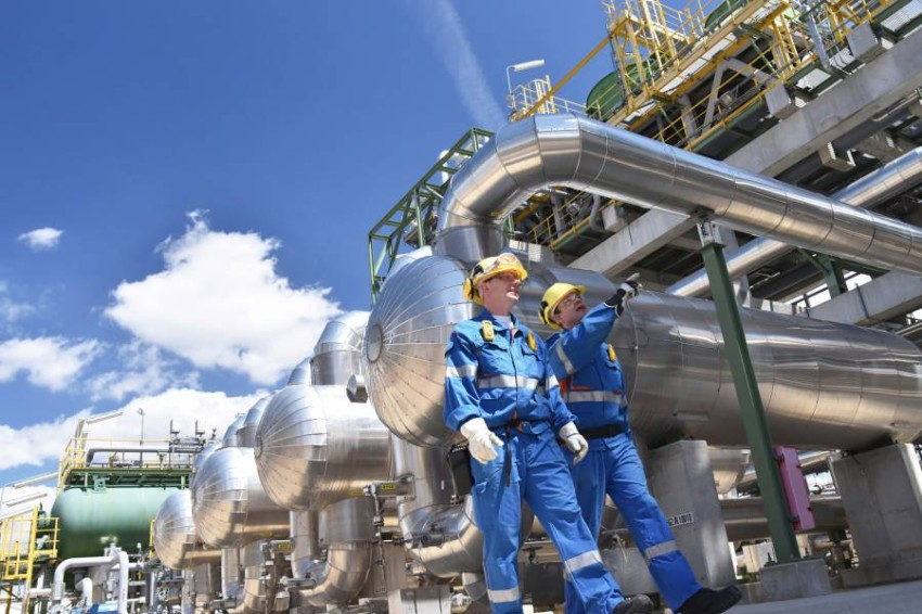 ارتفاع مخزونات النفط الأمريكية 15.2 مليون برميل خلال أسبوع.