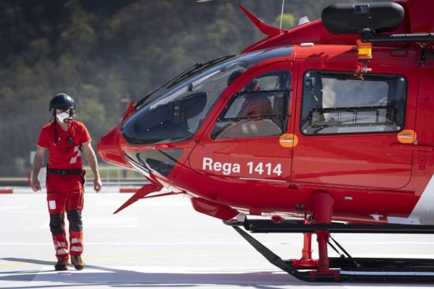 طائرة إسعاف في سويسرا. (إي بي أيه)