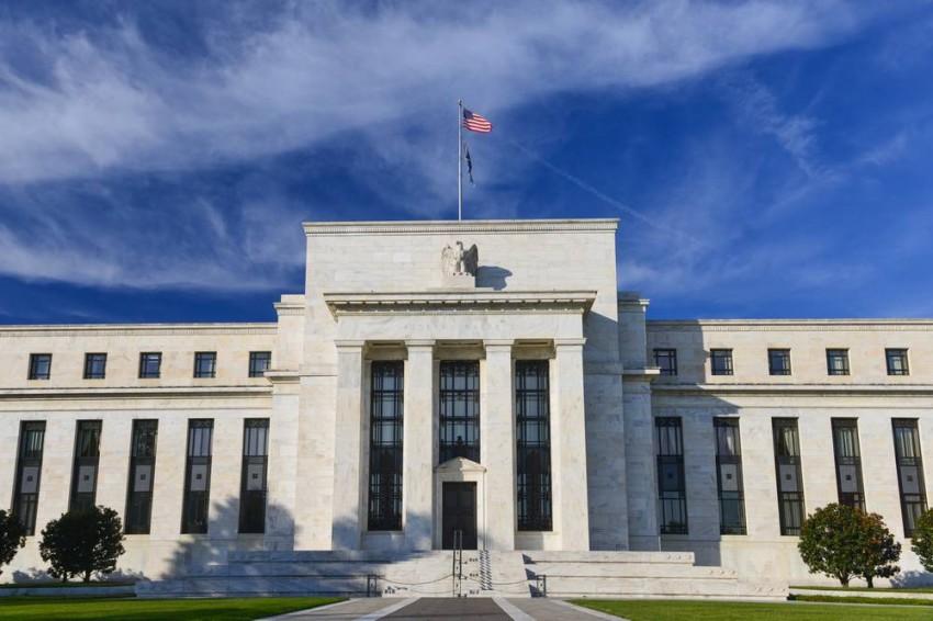 «الفيدرالي» يبدأ إجراءات إضافية بـ2.3 تريليون دولار لدعم الاقتصاد الأمريكي