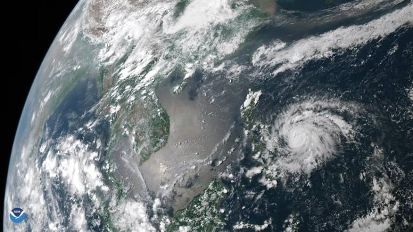 إعصار قوي يندفع نحو الفلبين.. ومخاوف من اكتظاظ الملاجئ - أخبار صحيفة الرؤية