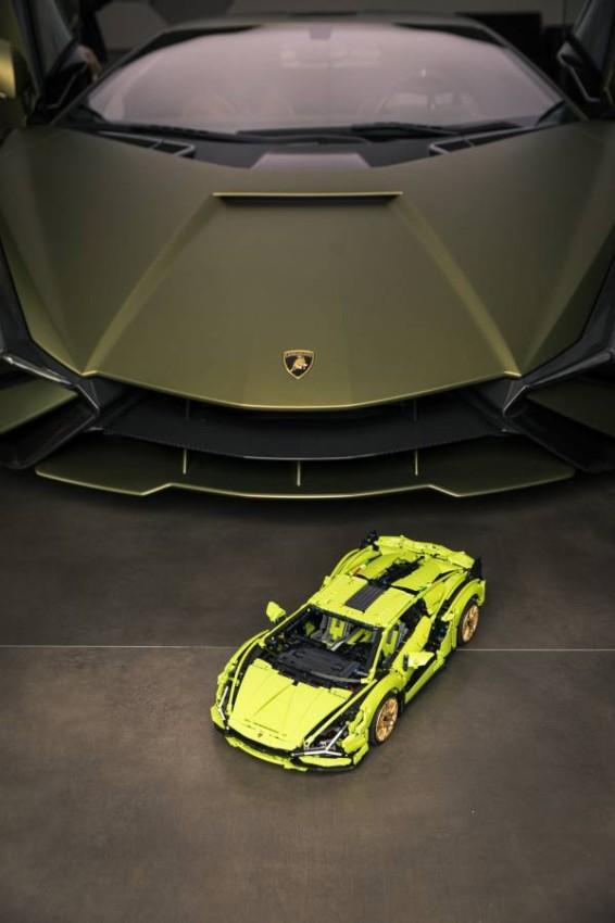 Lego-Technic-Lamborghini-Sian-4