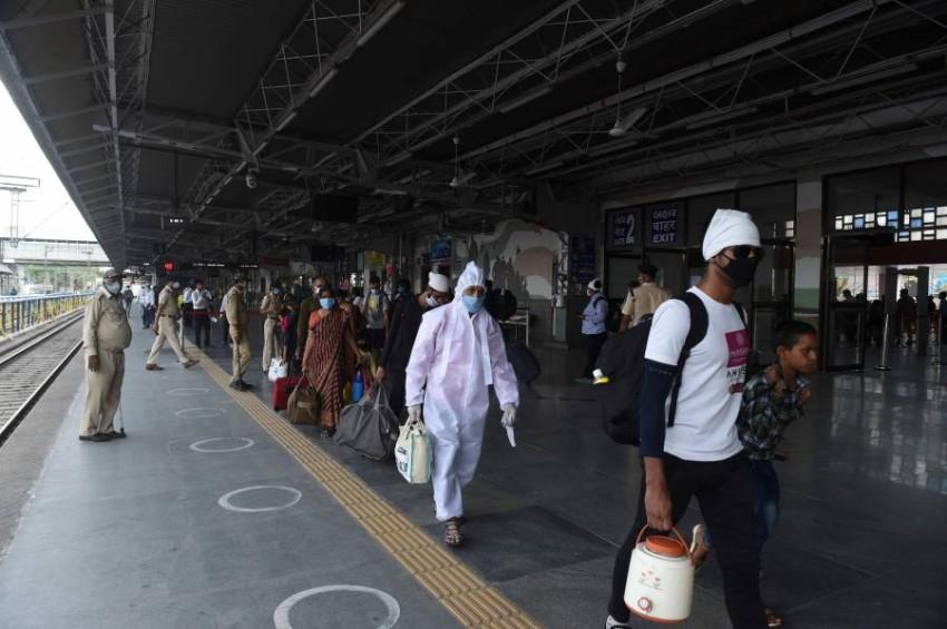الهند تخفف العزل وتحسّن في حركة السكك الحديد. (أ ف ب)