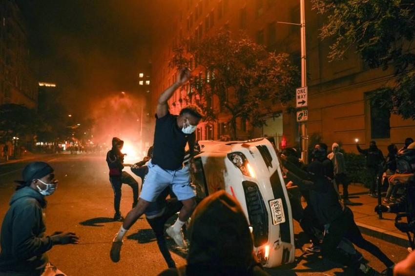 تمديد حظر التجول الليلي في نيويورك بعد أعمال شغب. (أ ب)