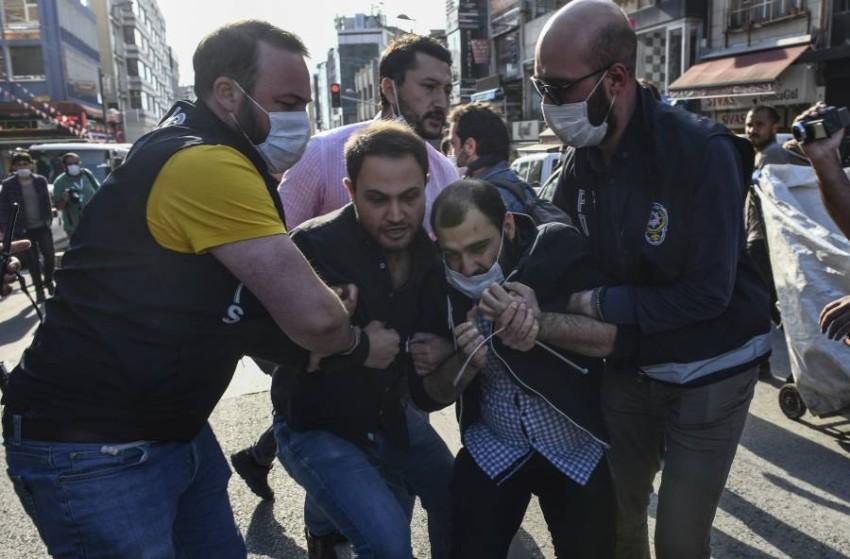 منع مظاهرة في إسطنبول تندد بعنف الشرطة. (أ ب )